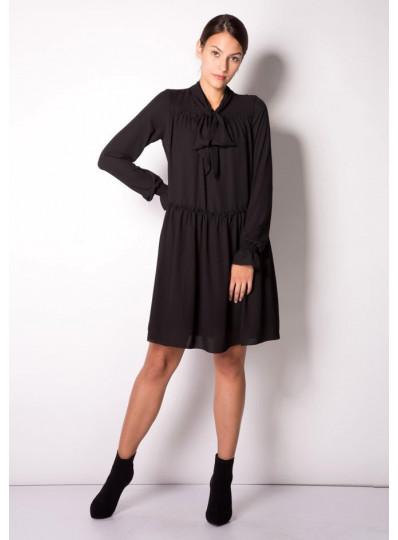 Sukienka z żorżety czarna