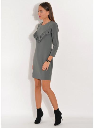 Sukienka z falbanką na biuście