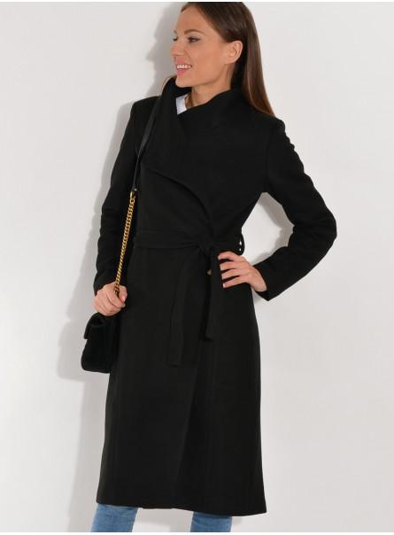 Płaszcz zimowy zapinany pod szyją czarny
