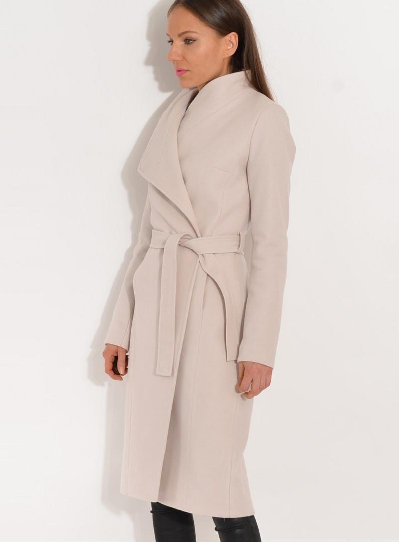 Płaszcz przejściowy zapinany pod szyją jasny beż