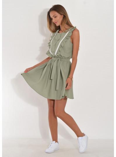 Sukienka  z falbanami i gipiurą