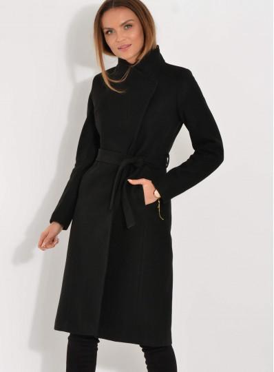 Płaszcz ocieplany zapinany pod szyją czarny