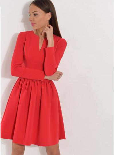 Sukienka z dopasowaną górą czerwona
