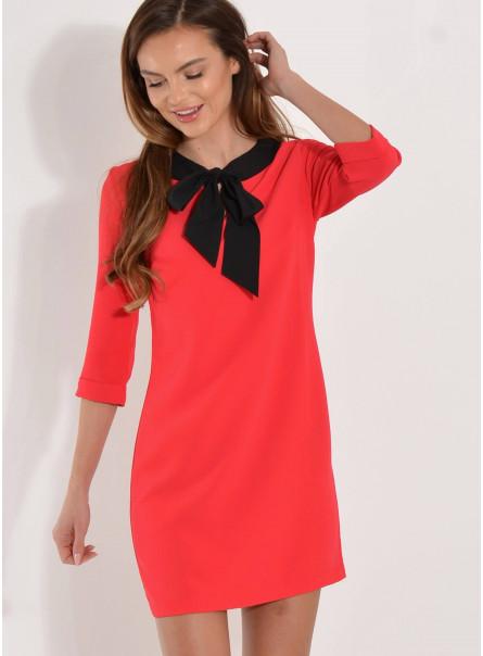 Sukienka czerwona z kokardą