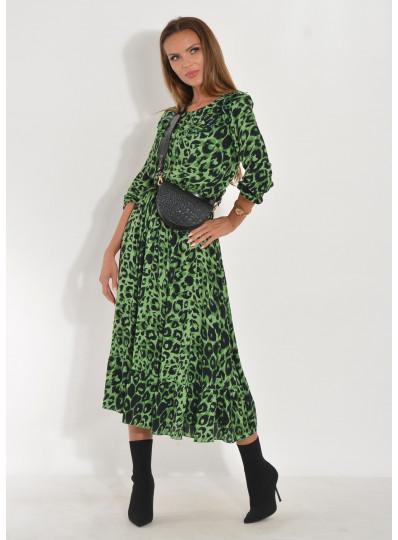 Sukienka w zieloną panterę