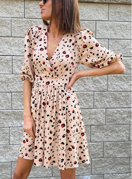 Sukienka z zakładanym przodem