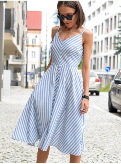 Sukienka w paski na ramiączkach