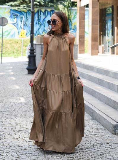 Sukienka o szerokim kroju